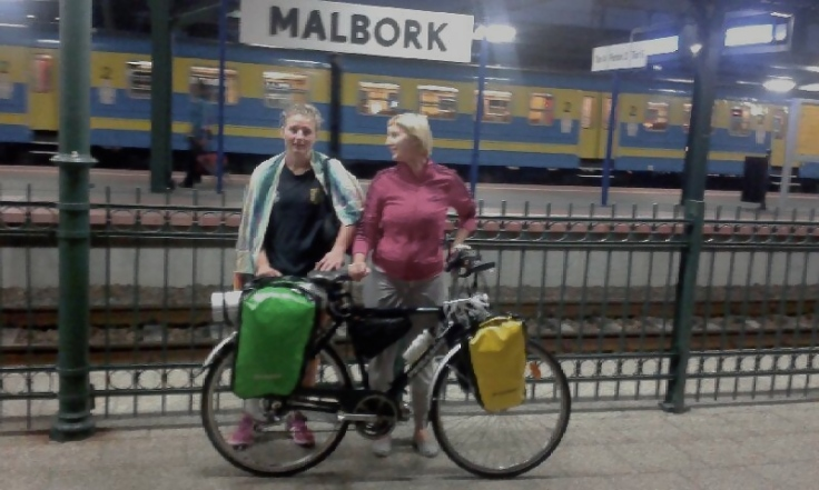 Karolina and me at the train station in Malbork